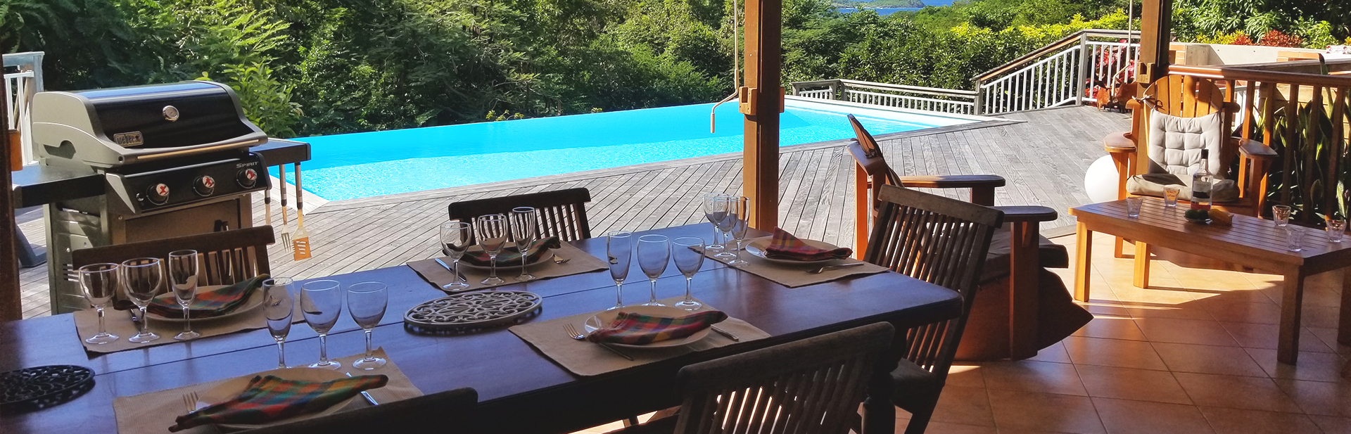 table-dhotes-guadeloupe-gites-bungalow-restaurant-manger